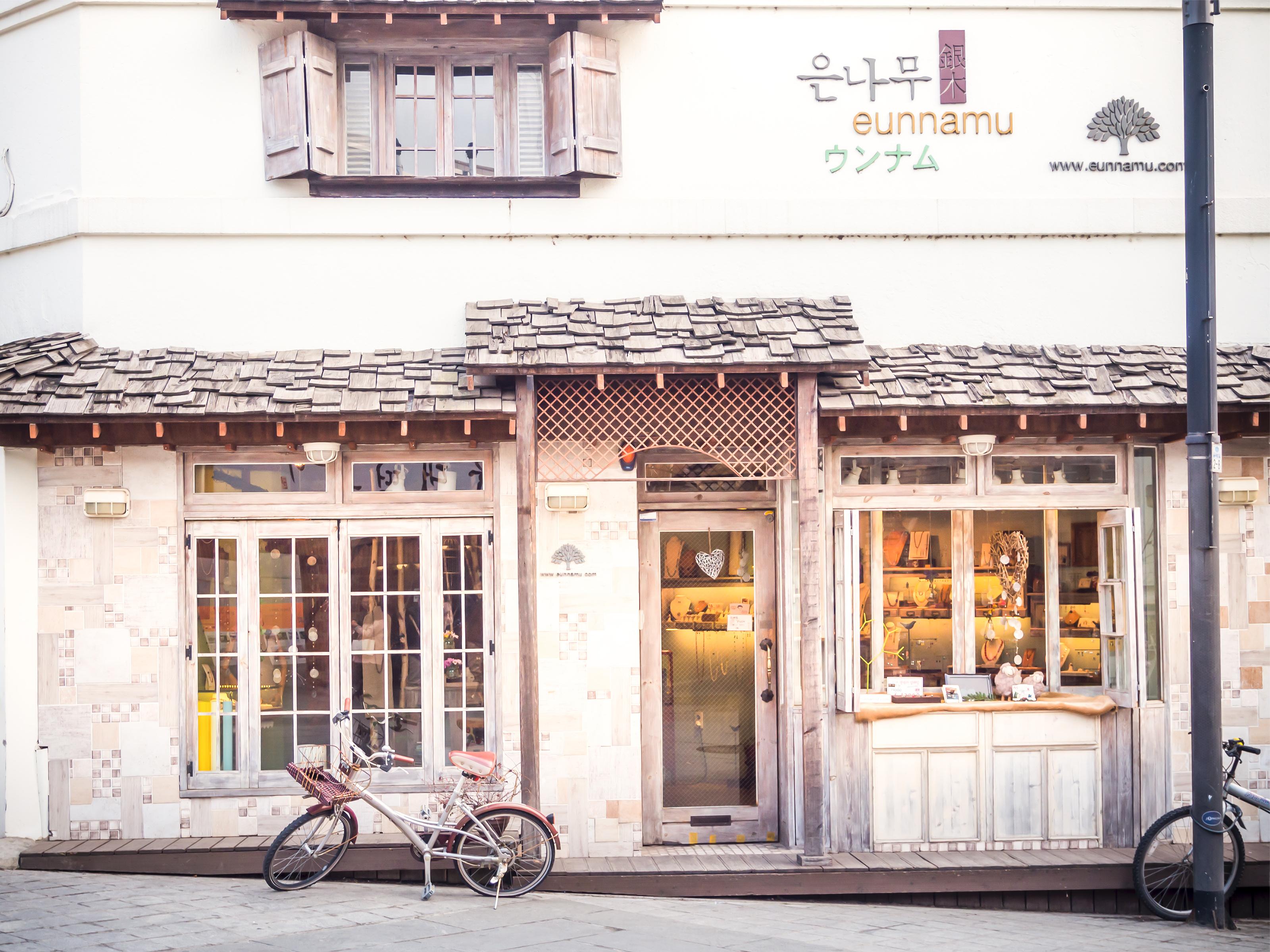 韓国観光にいく女子必見】ソウルのおしゃれでかわいいカフェ4選 | aleum